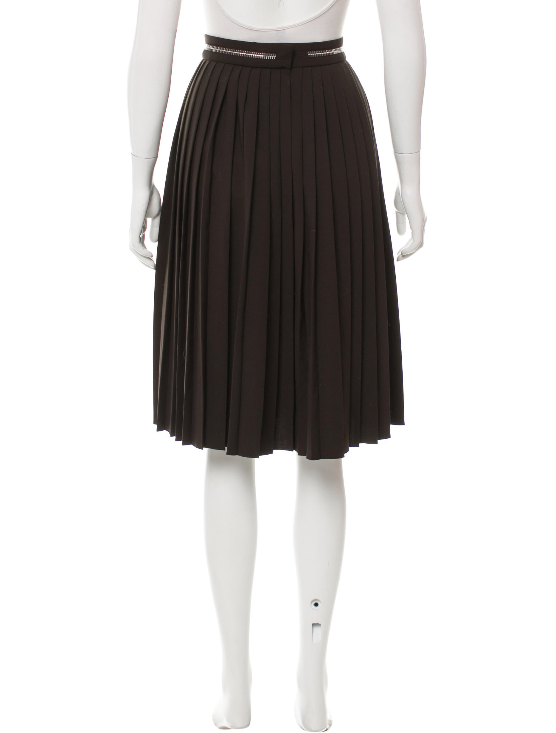 Solid Pleated Mini A line Skirt. Urban CoCo Womens Elastic Waist Pleated Short Braces Skirt. by Urban CoCo. £ - £ Prime. Eligible for FREE UK Delivery. Some sizes/colours are Prime eligible. out of 5 stars uideazone Fashion Womens Summer Midi Pleated Skirts High Waist Knee Length Skirt.