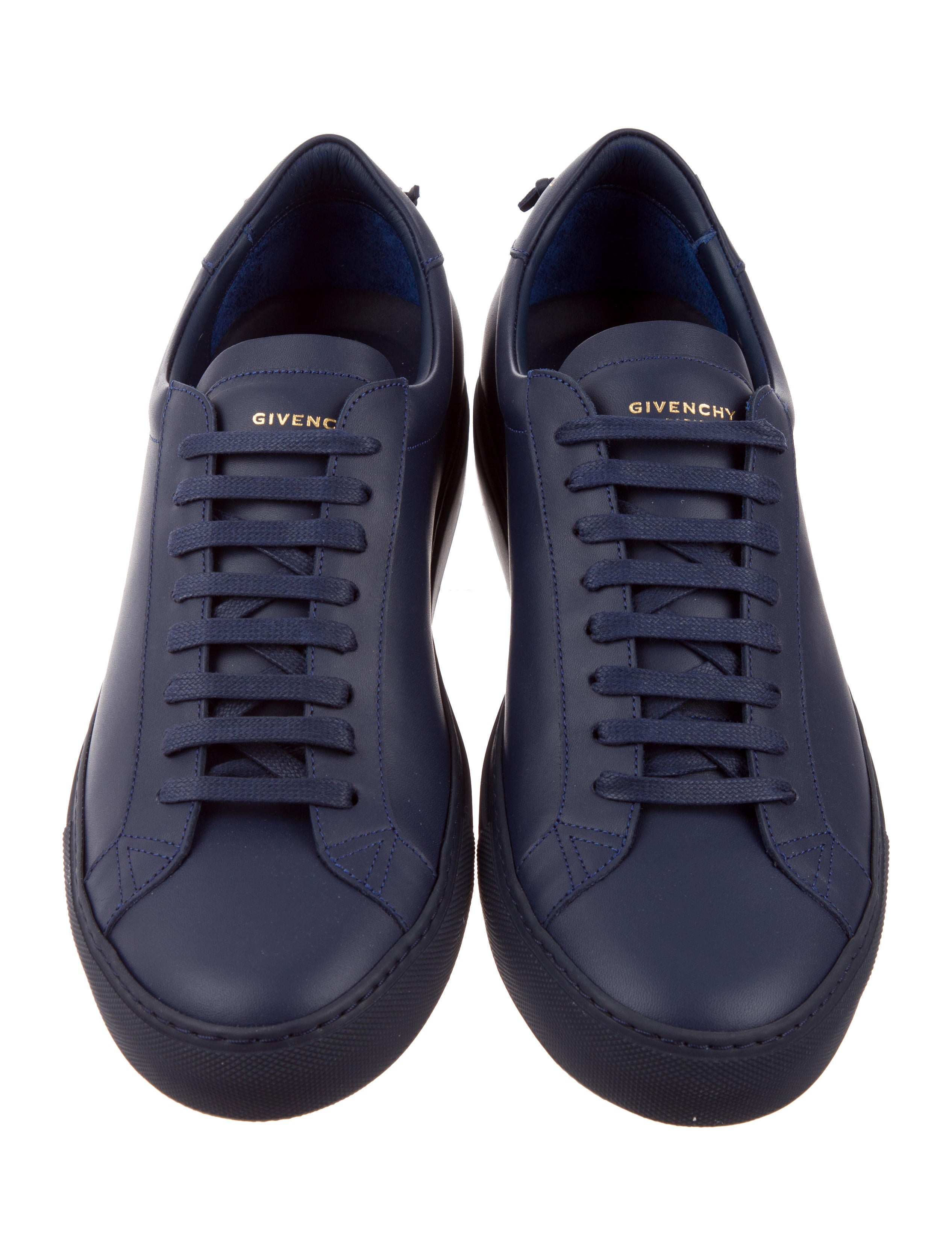 f6211e82aabf Givenchy Low Top Sneakers Sale