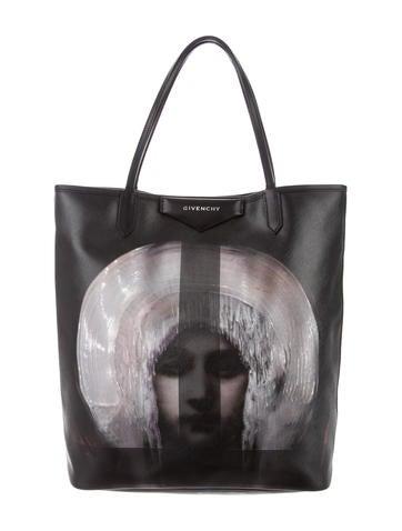 a39543157083 Givenchy. Antigona Madonna-Print Large ...