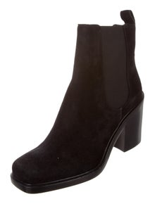 471413ed4de1 Givenchy. Suede Adriana Boots