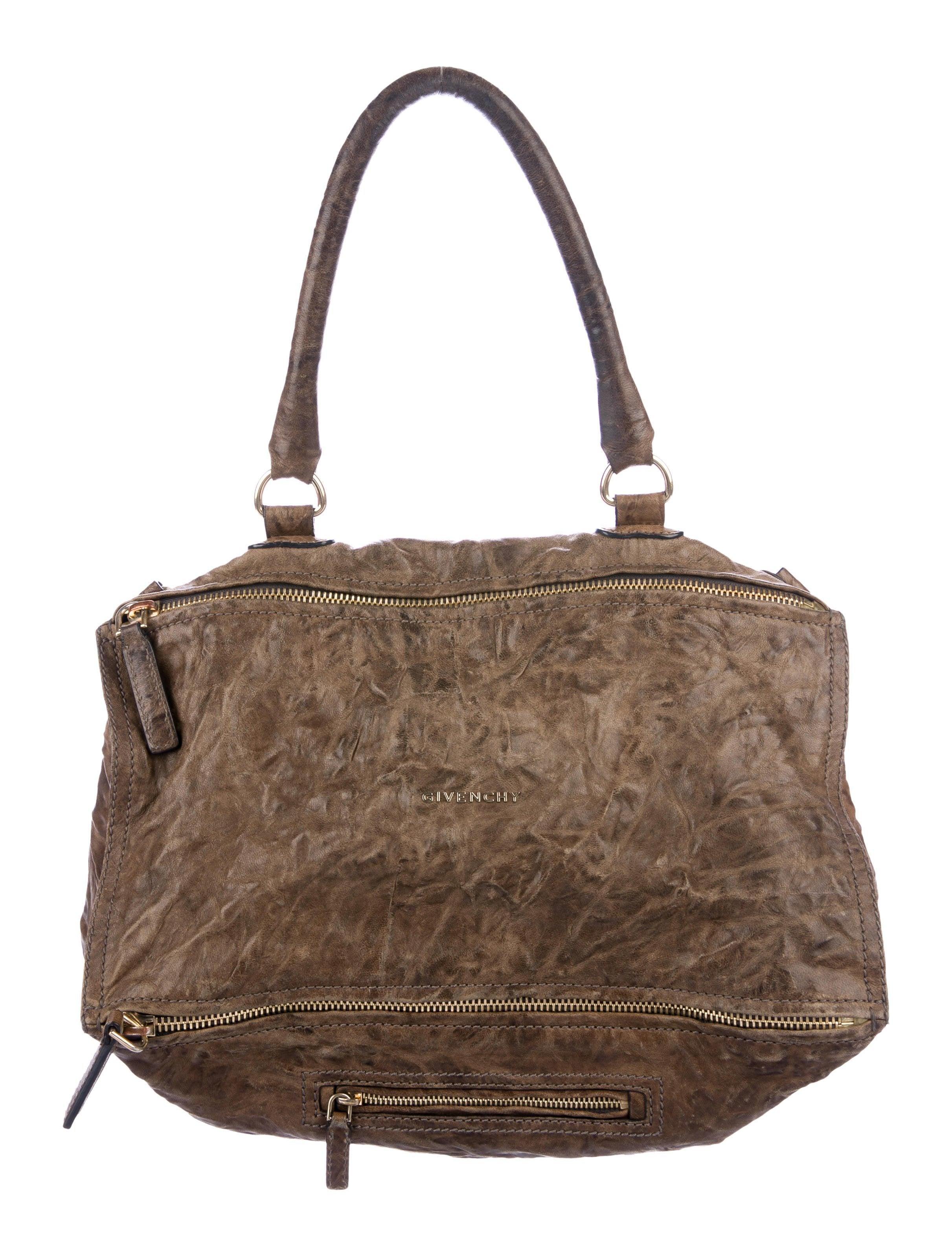 bd1b65d867d2 Handbags