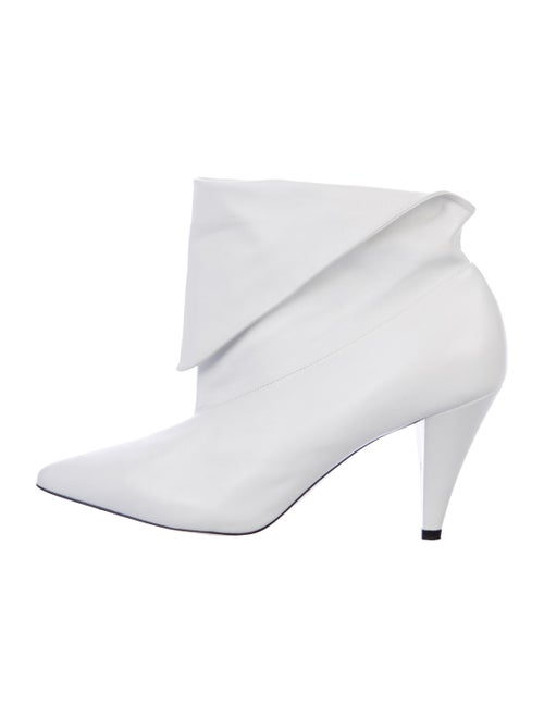 Givenchy Leather Ankle Boots White