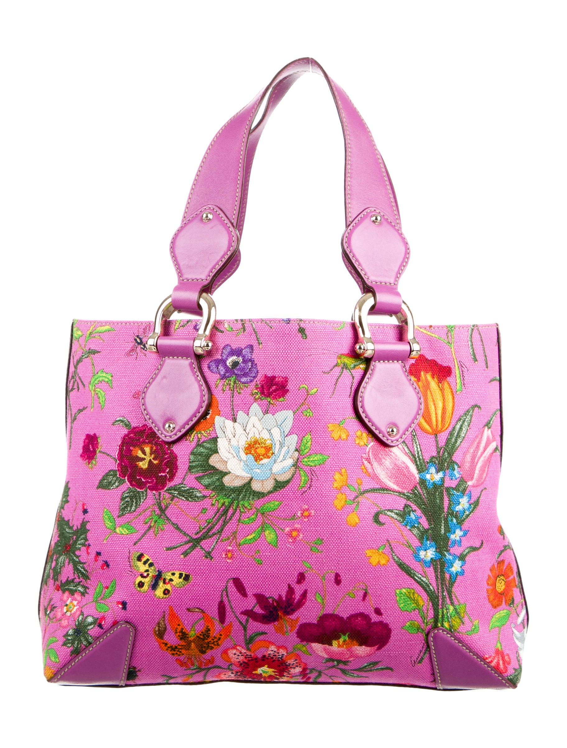 f5ff853f2 Gucci Flora Canvas Tote - Handbags - GUC108507 | The RealReal