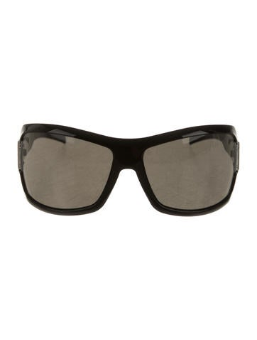 Gucci Oversize Tinted Sunglasses