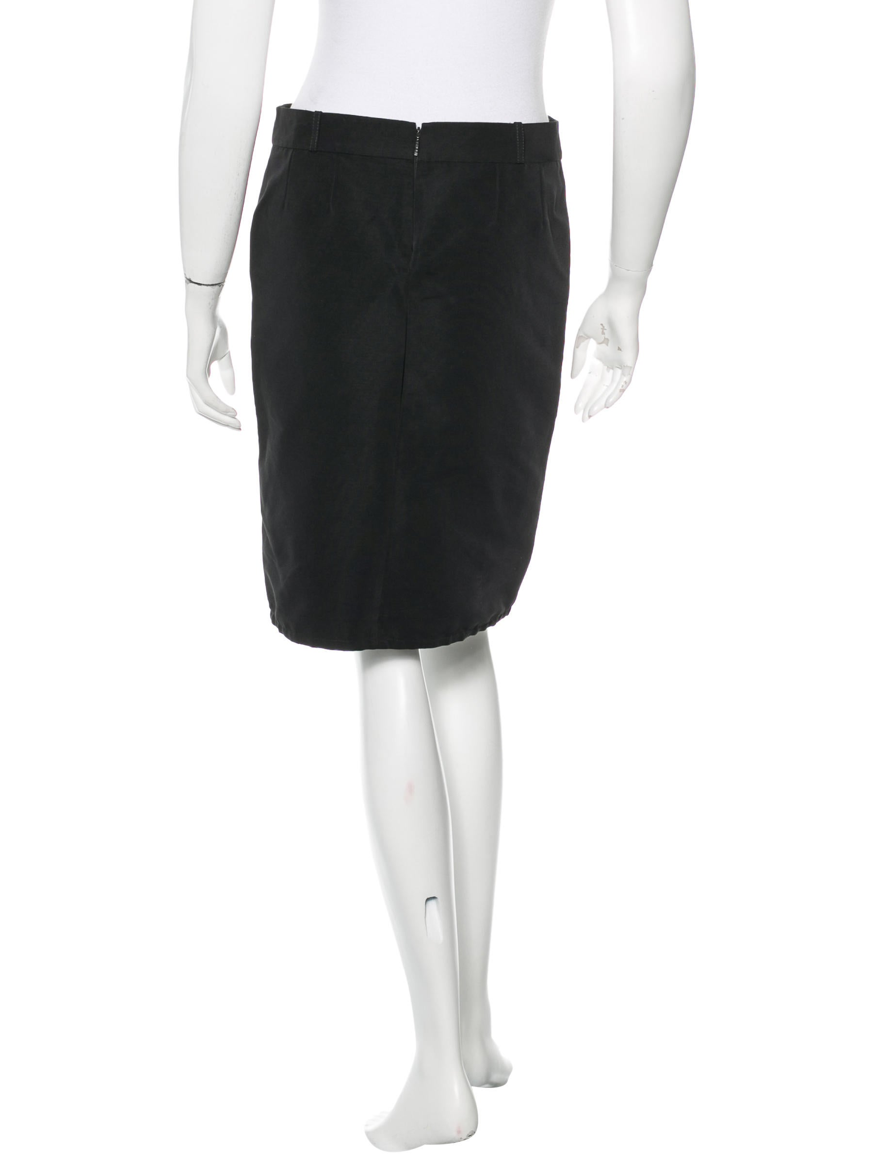 gucci knee length pencil skirt clothing guc115548