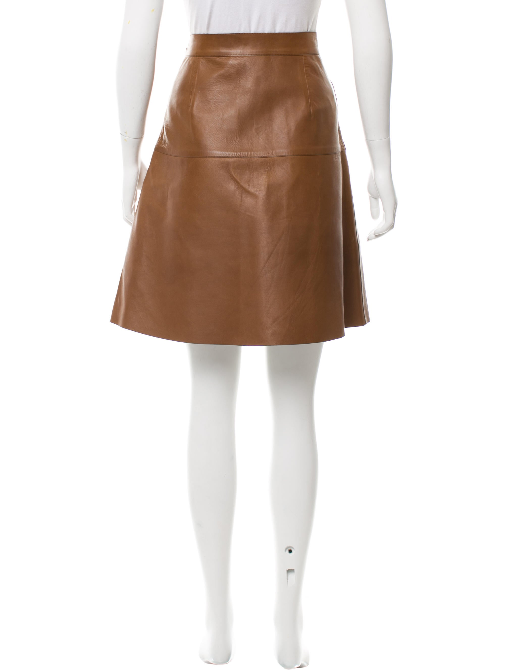 gucci knee length leather skirt clothing guc118880
