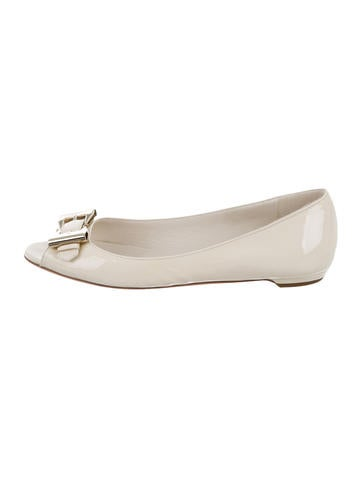 Gucci Buckle-Accented Peep-Toe Flats None
