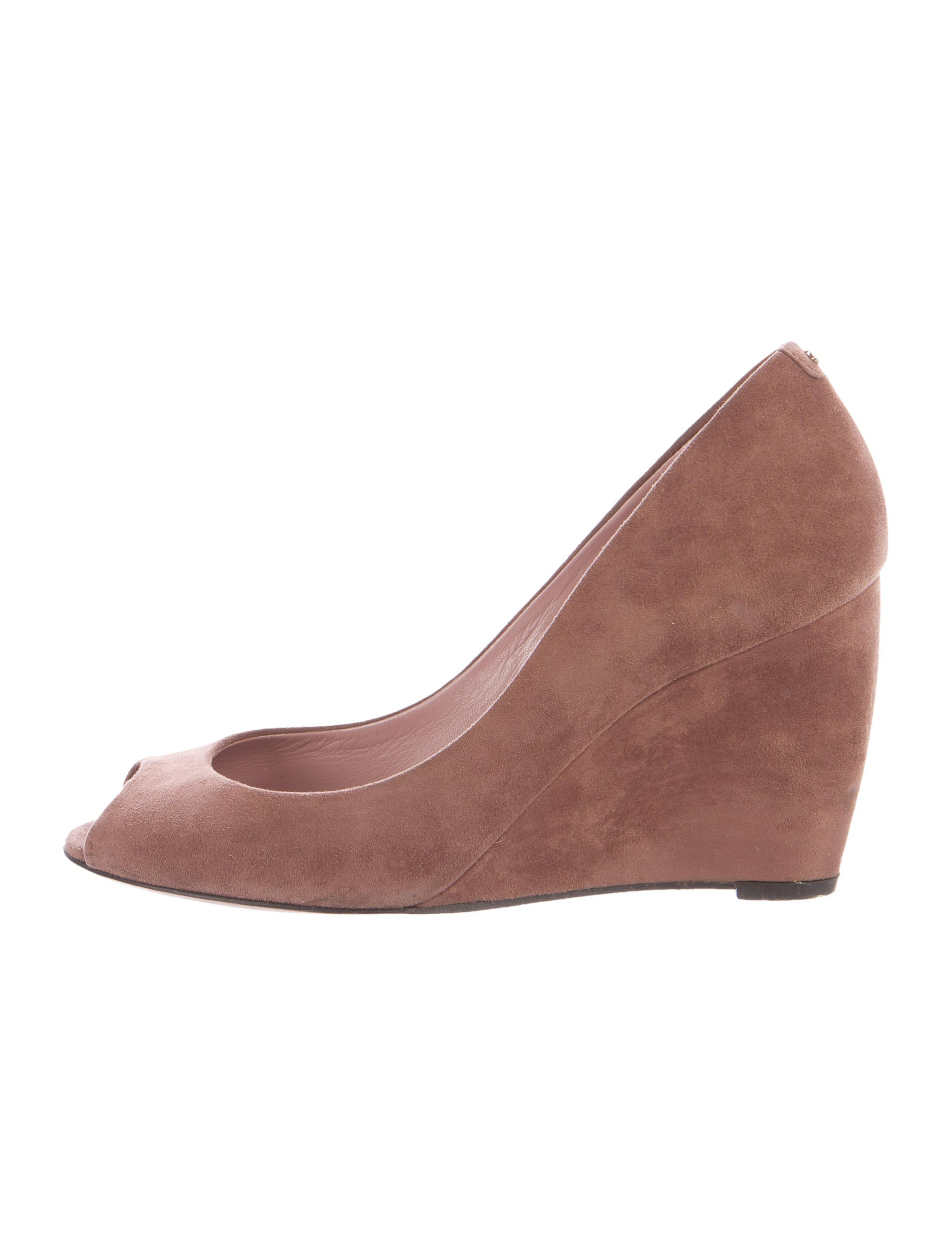 gucci gg suede wedges shoes guc135734 the realreal