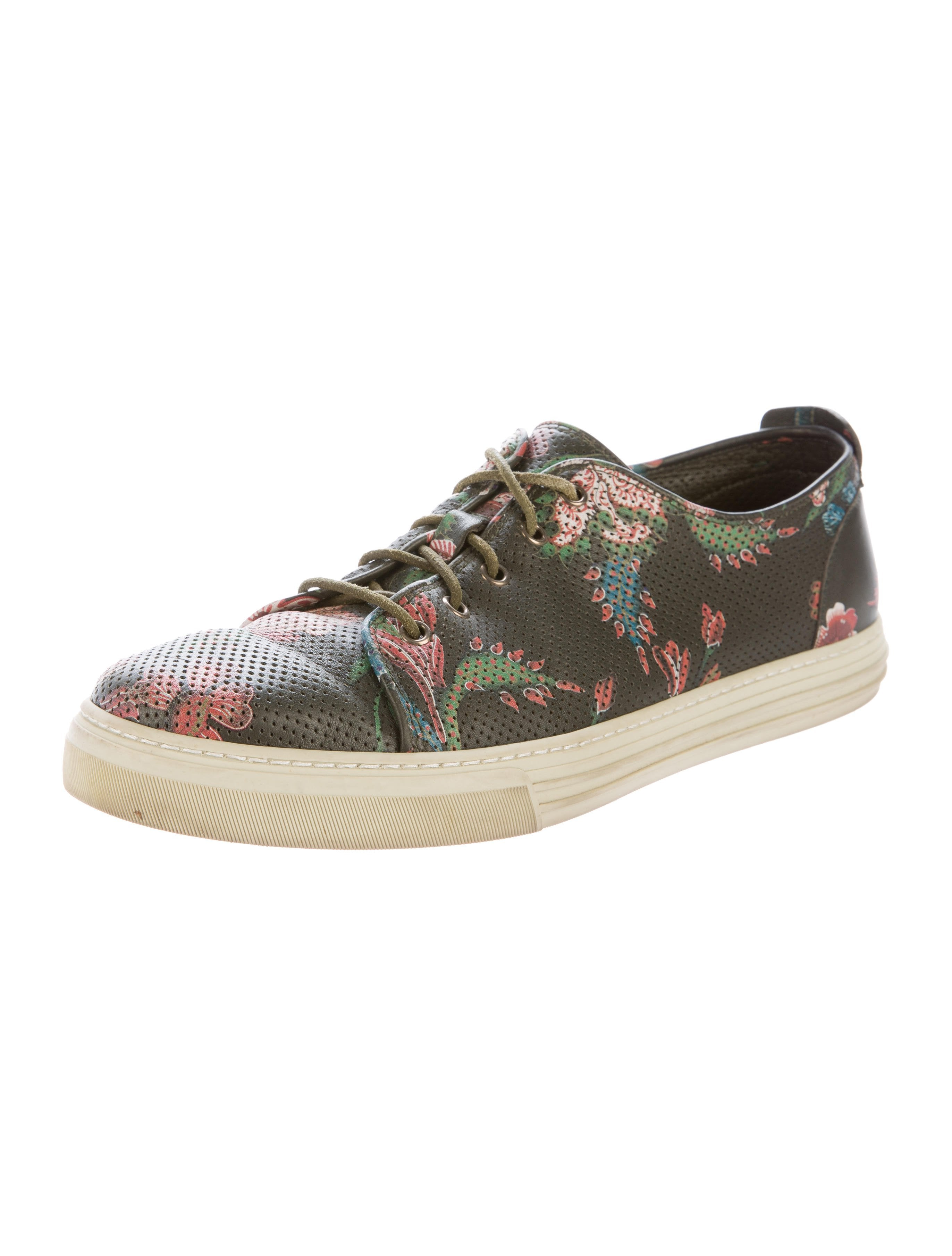 gucci leather floral sneakers - shoes
