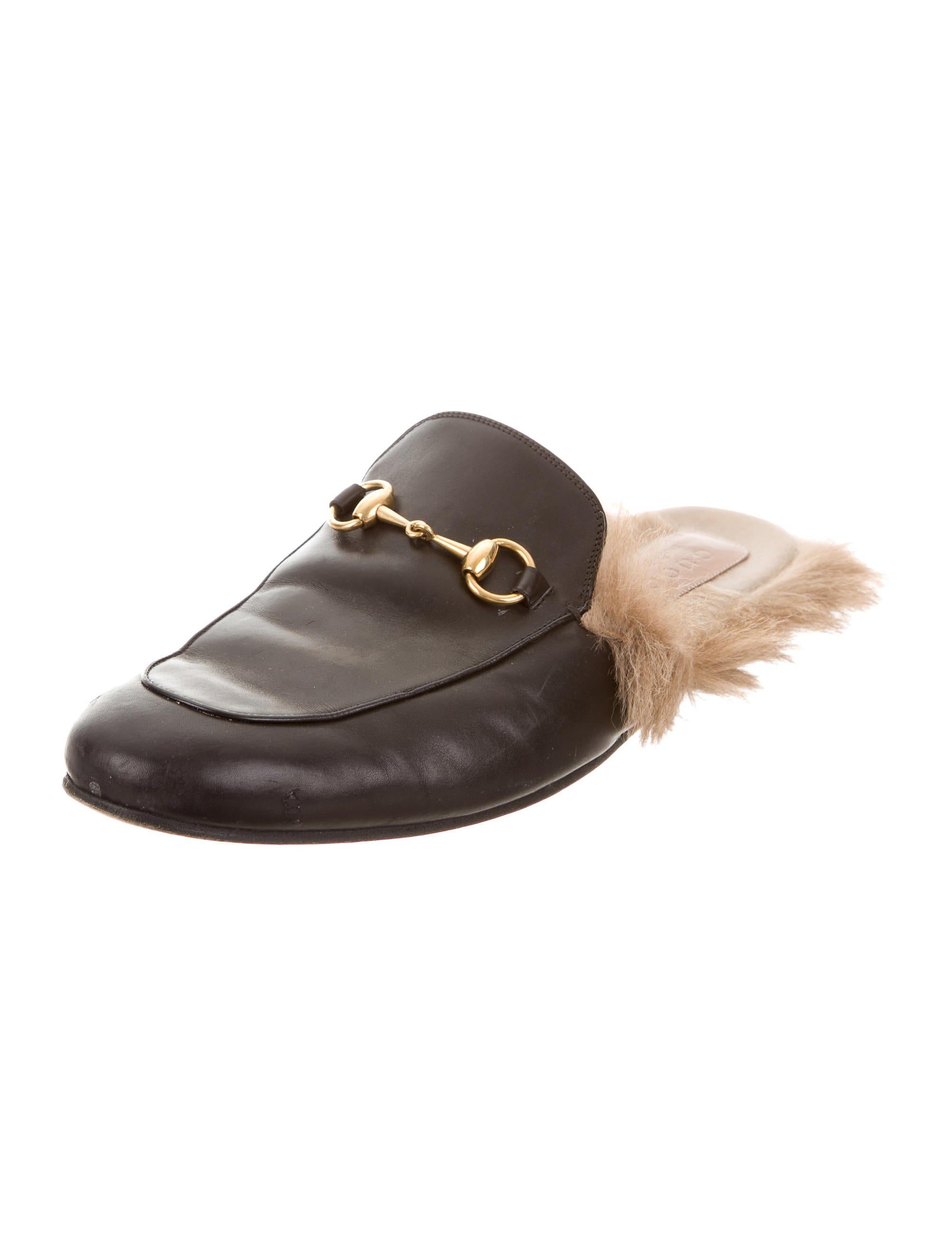 924442a4a08 Gucci Shoe With Fur