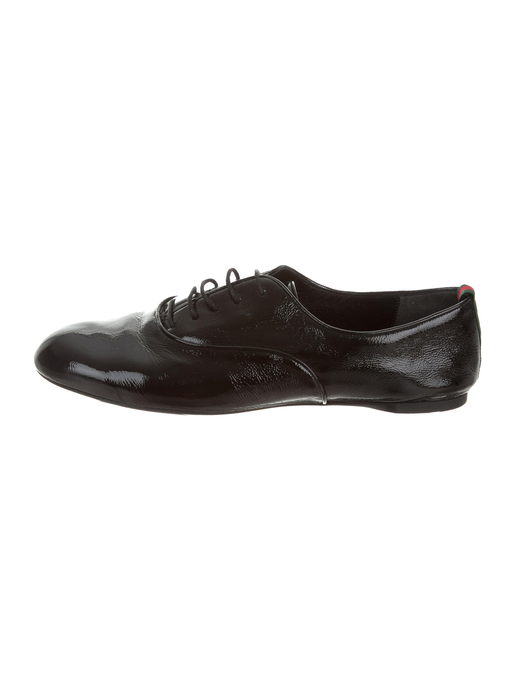 Moustache Store crafts impressive collections of chic dress shoes that add a touch of luxury to any formal or business ensemble. Each pair is crafted from high quality leather in timeless silhouettes, with unique twists and surprising details that elevate.