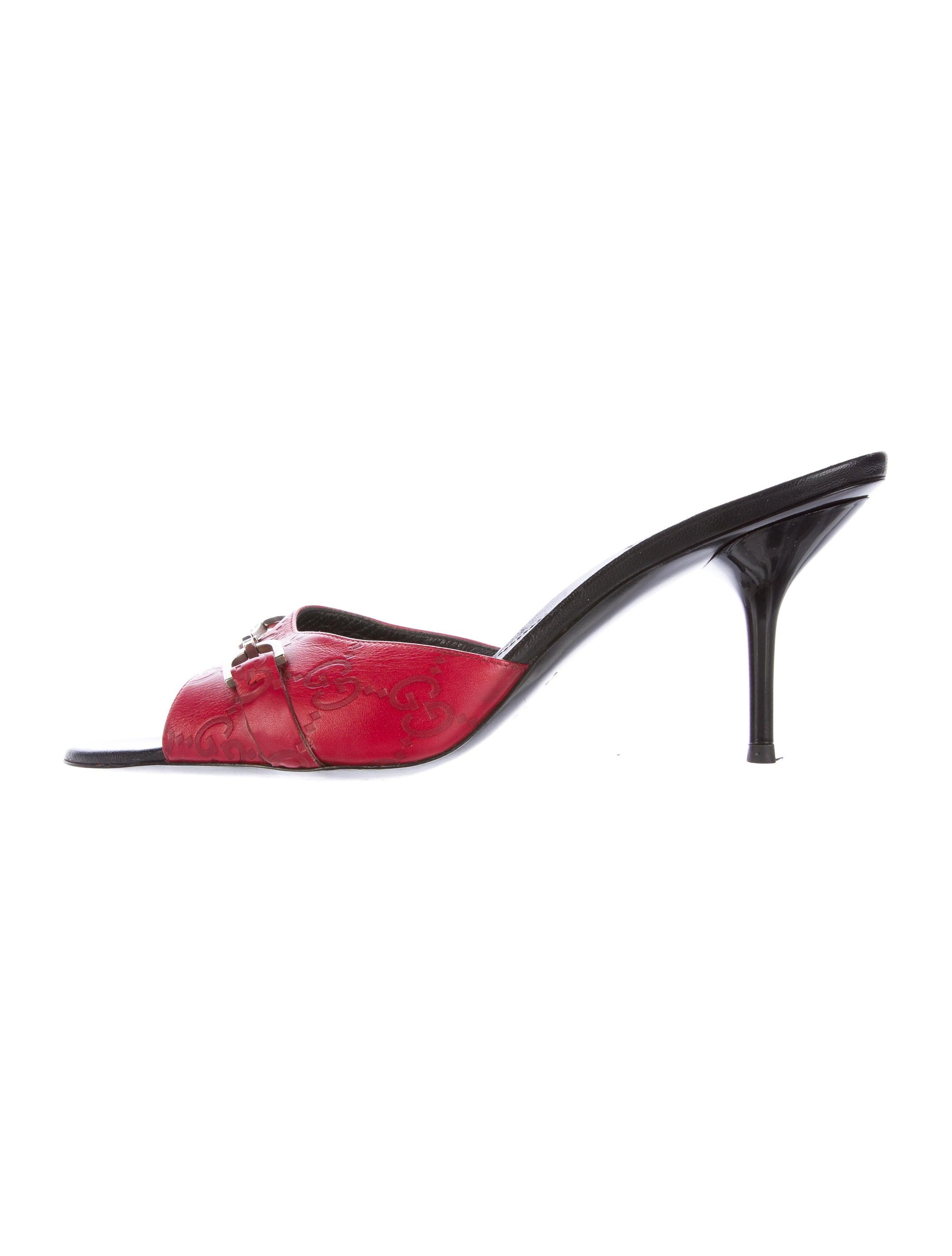 3b6cb03f173d Gucci Leather Horsebit Slide Sandals - Shoes - GUC139457