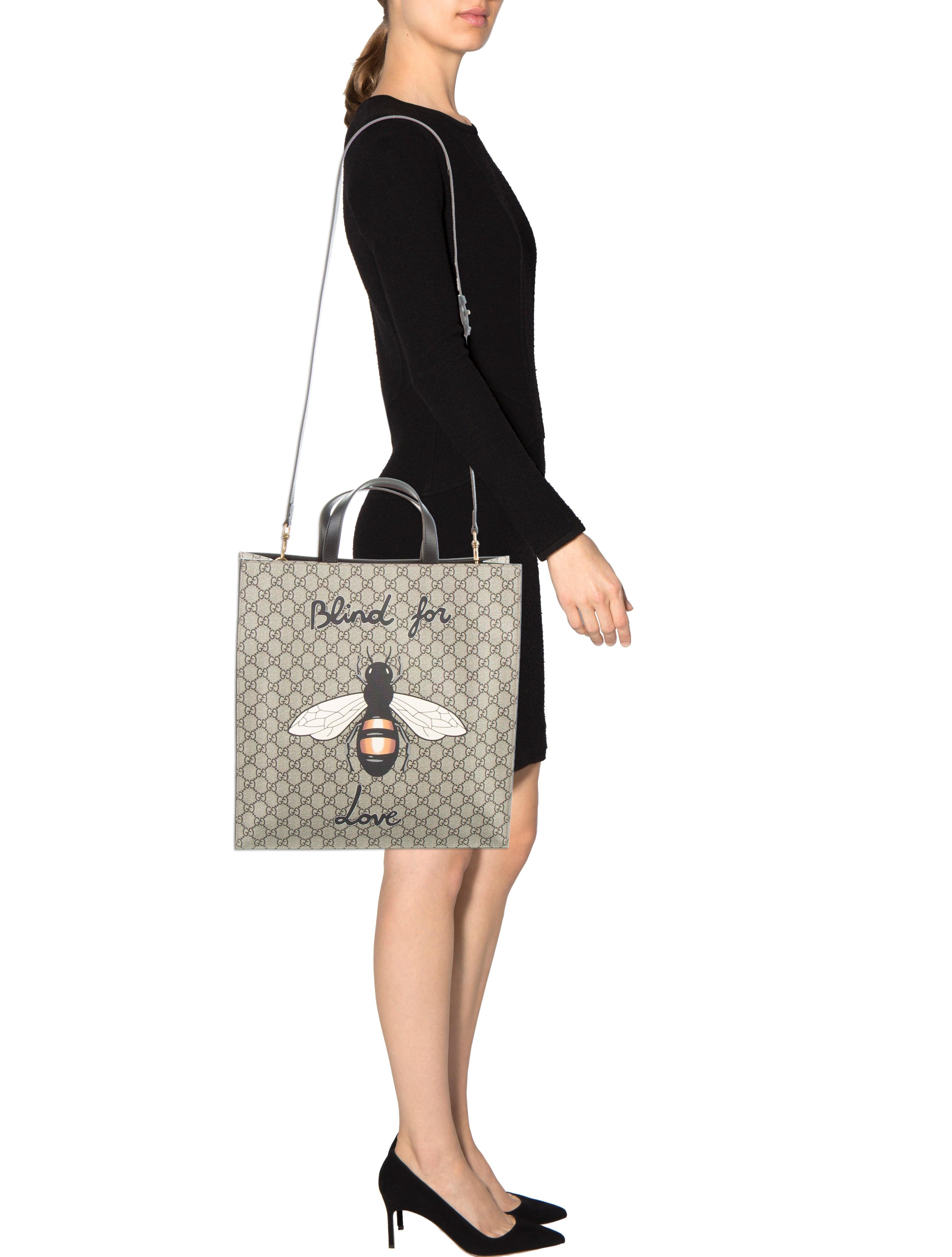 Gucci Bee Print Soft Gg Supreme Tote W Tags Handbags