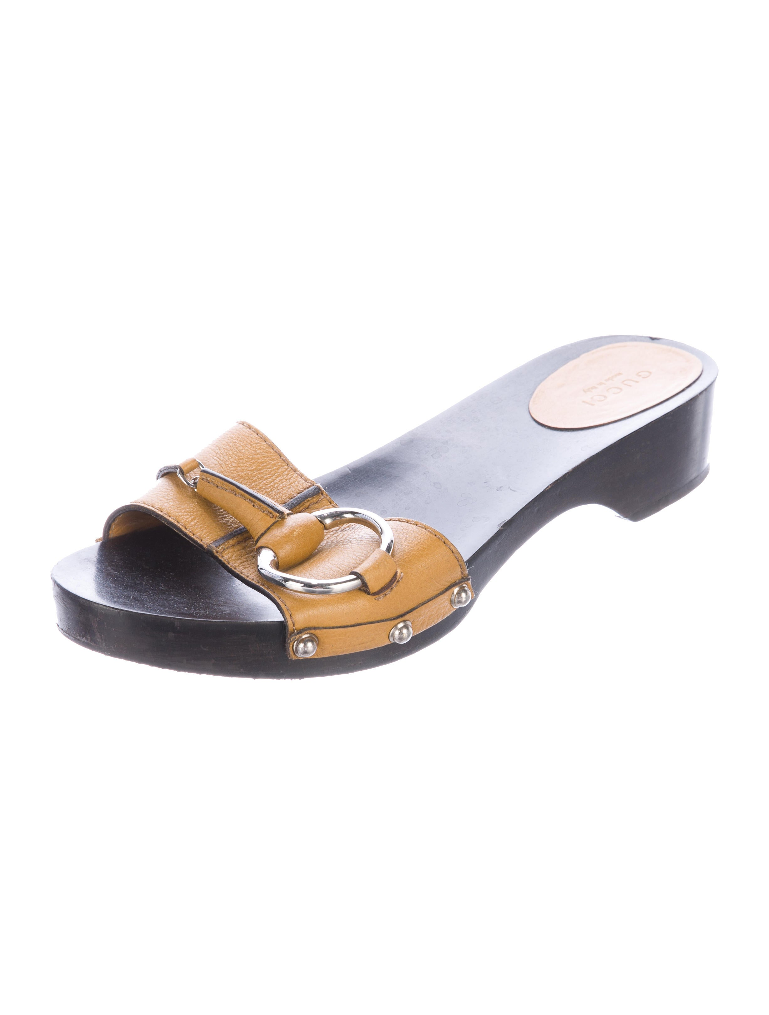 Gucci Leather Slide Sandals - Shoes - GUC146205 | The RealReal