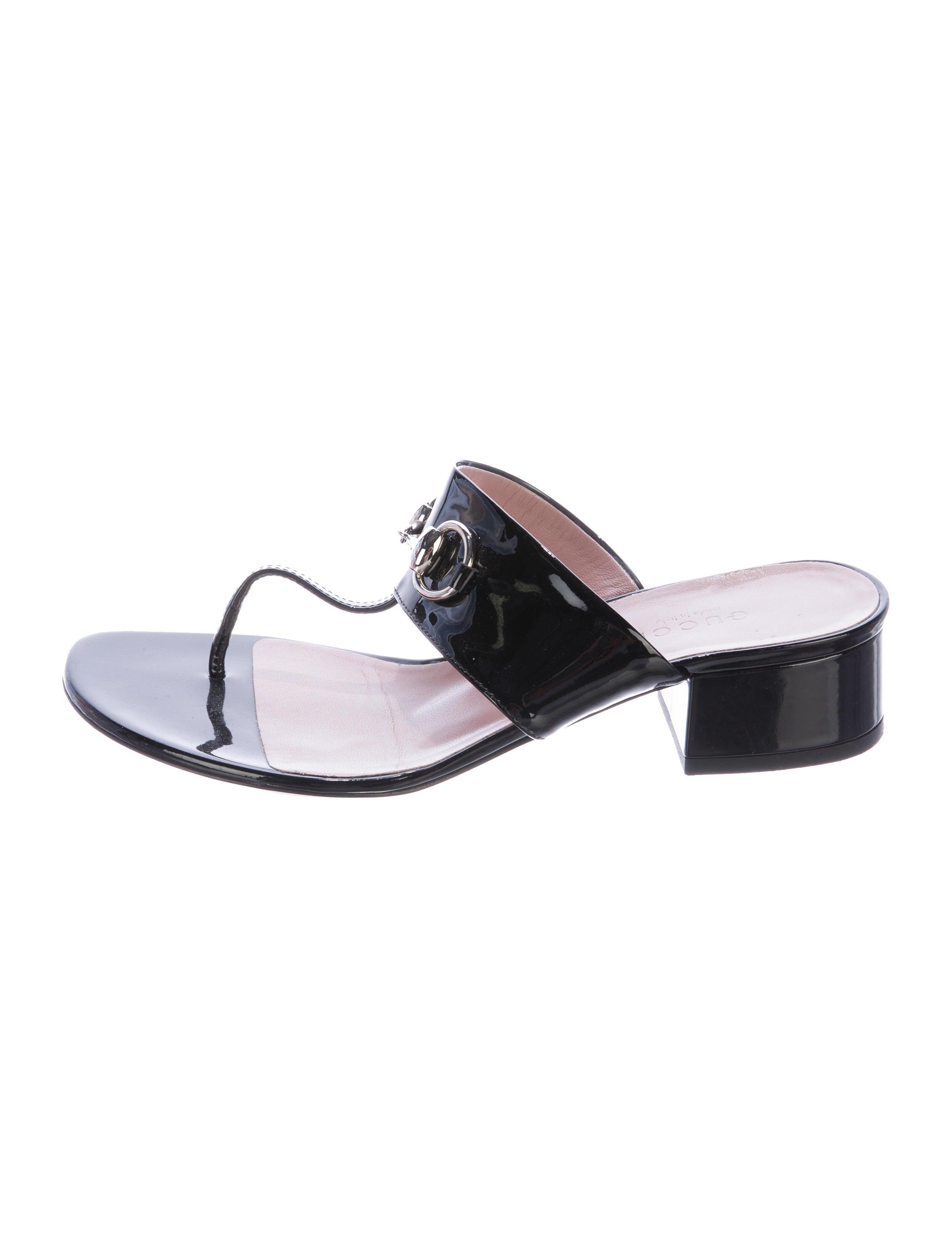 5d11802f76db Gucci Horsebit Thong Sandals - Shoes - GUC146440