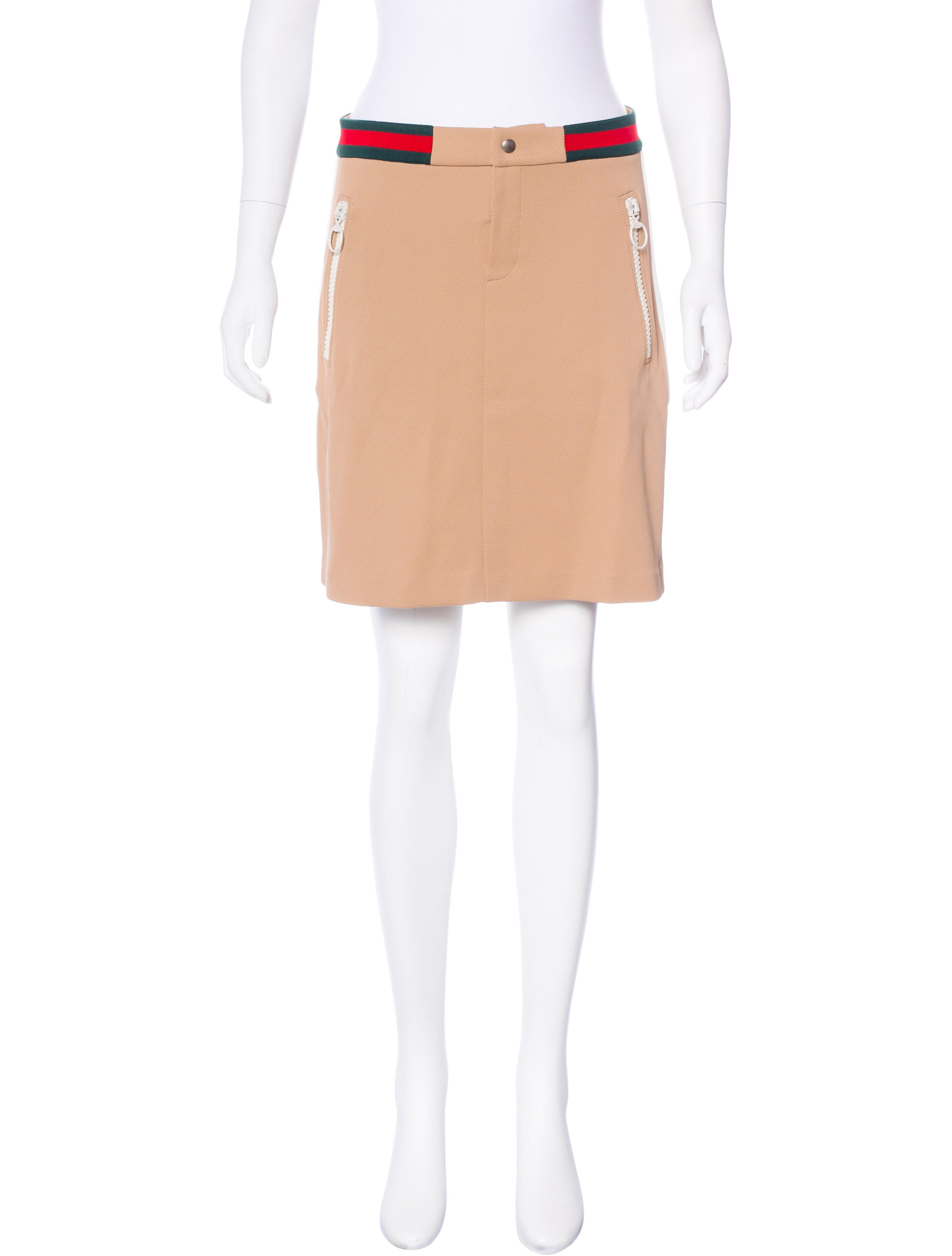 Gucci Textured Mini Skirt - Clothing - GUC153067 | The RealReal