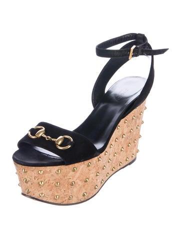 27b2de00ac3 Gucci Lilianne Wedge Sandals - Shoes - GUC153565