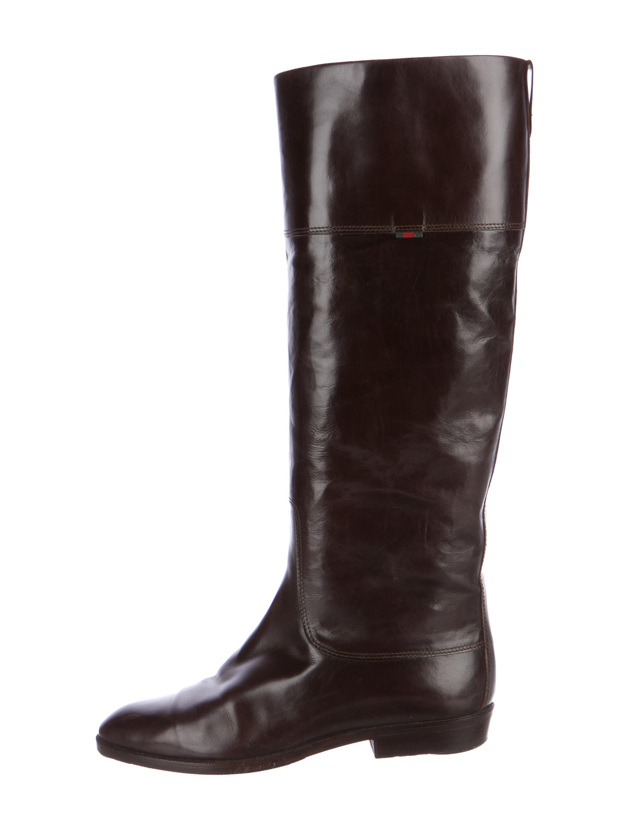 SCA Boots provides quality leather knee boots, leather thigh boots and leather calf boots for costumes at an affordable price. We have leather boots for men and women and you will find that our products are very versatile by design.