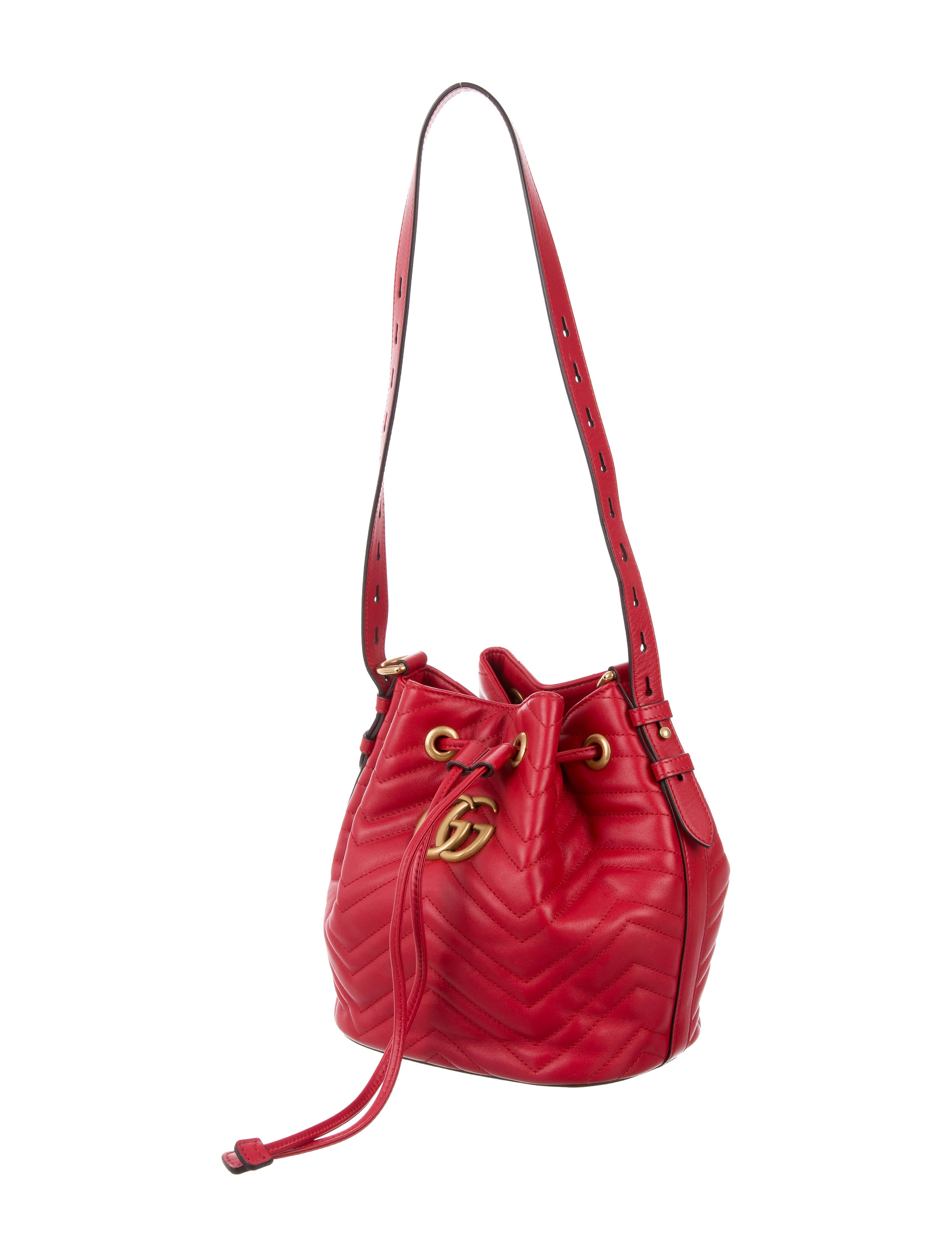 21455f90453eb0 Gucci Marmont Quilted Leather Bucket bag - Handbags - GUC168458 | The  RealReal