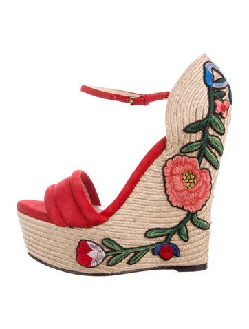 Gucci 2017 Embroidered Wedge Sandals None