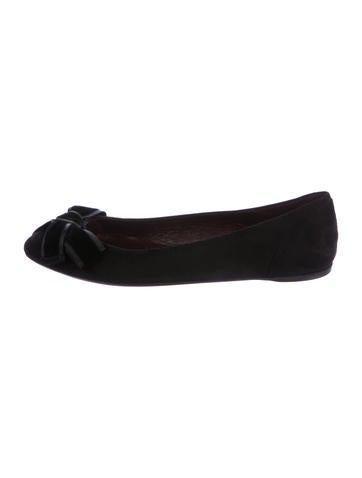 Gucci Suede Bow Flats None