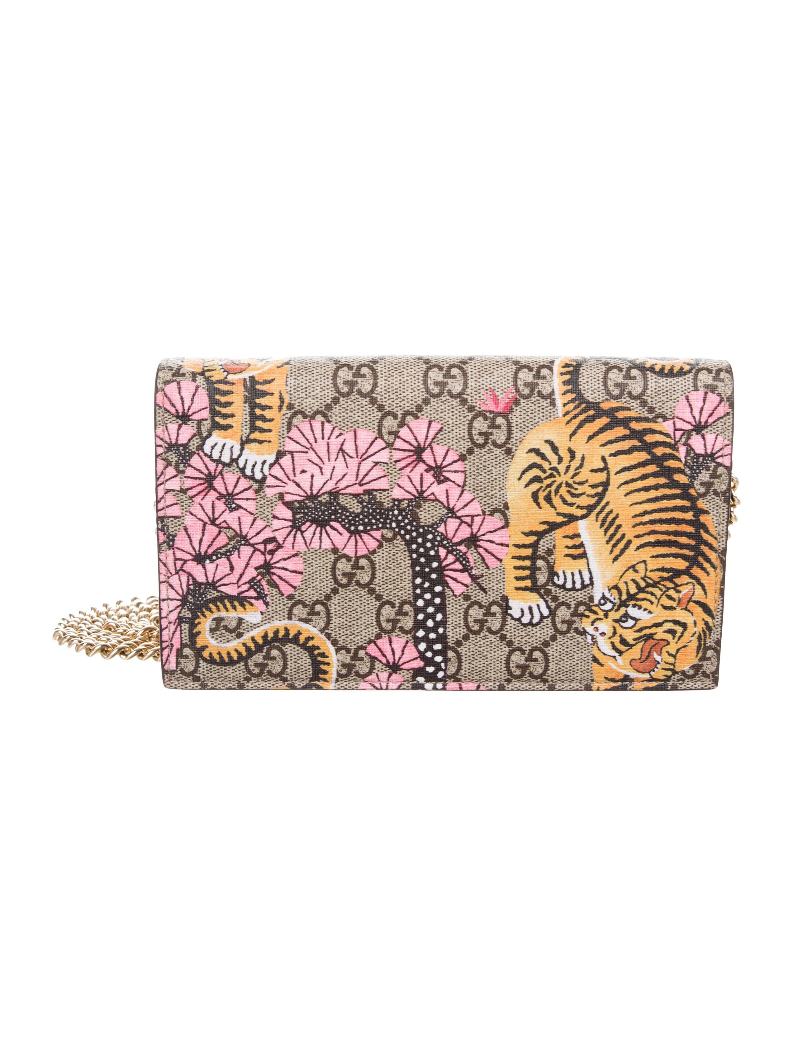 8a0be425500291 Gucci 2016 GG Supreme Bengal Chain Wallet - Handbags - GUC182342 ...