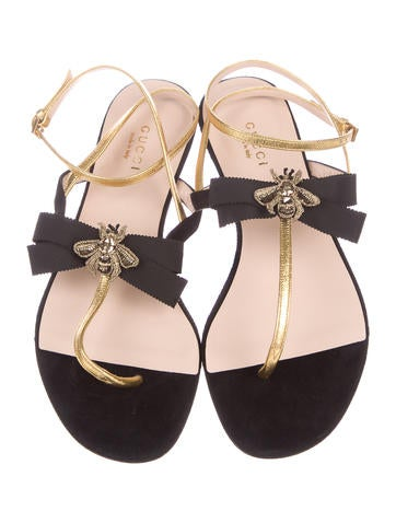 Moody Bow Thong Sandals