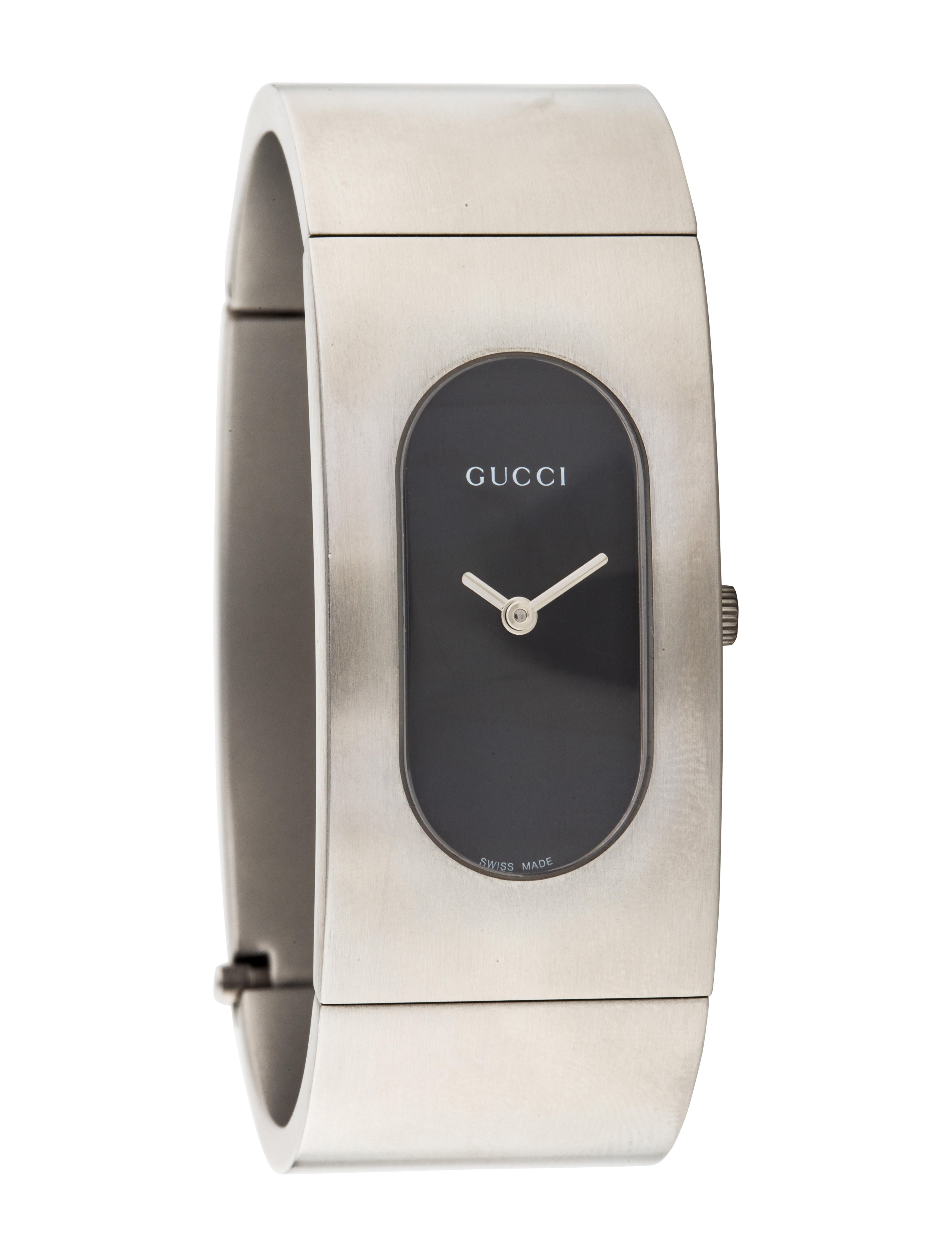 63fb769e111 Gucci 2400 Series Watch - Bracelet - GUC214010