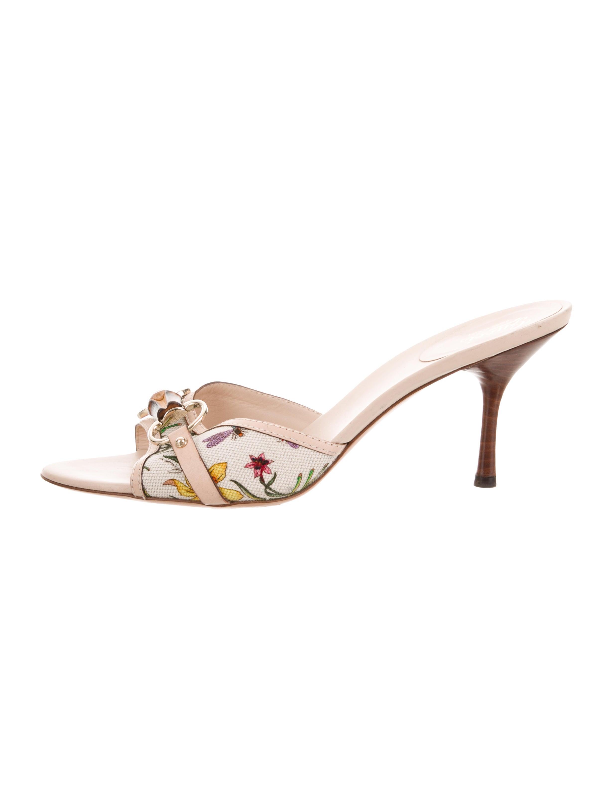 16c7671c5 Gucci Flora Bamboo Horsebit Mules - Shoes - GUC231656 | The RealReal