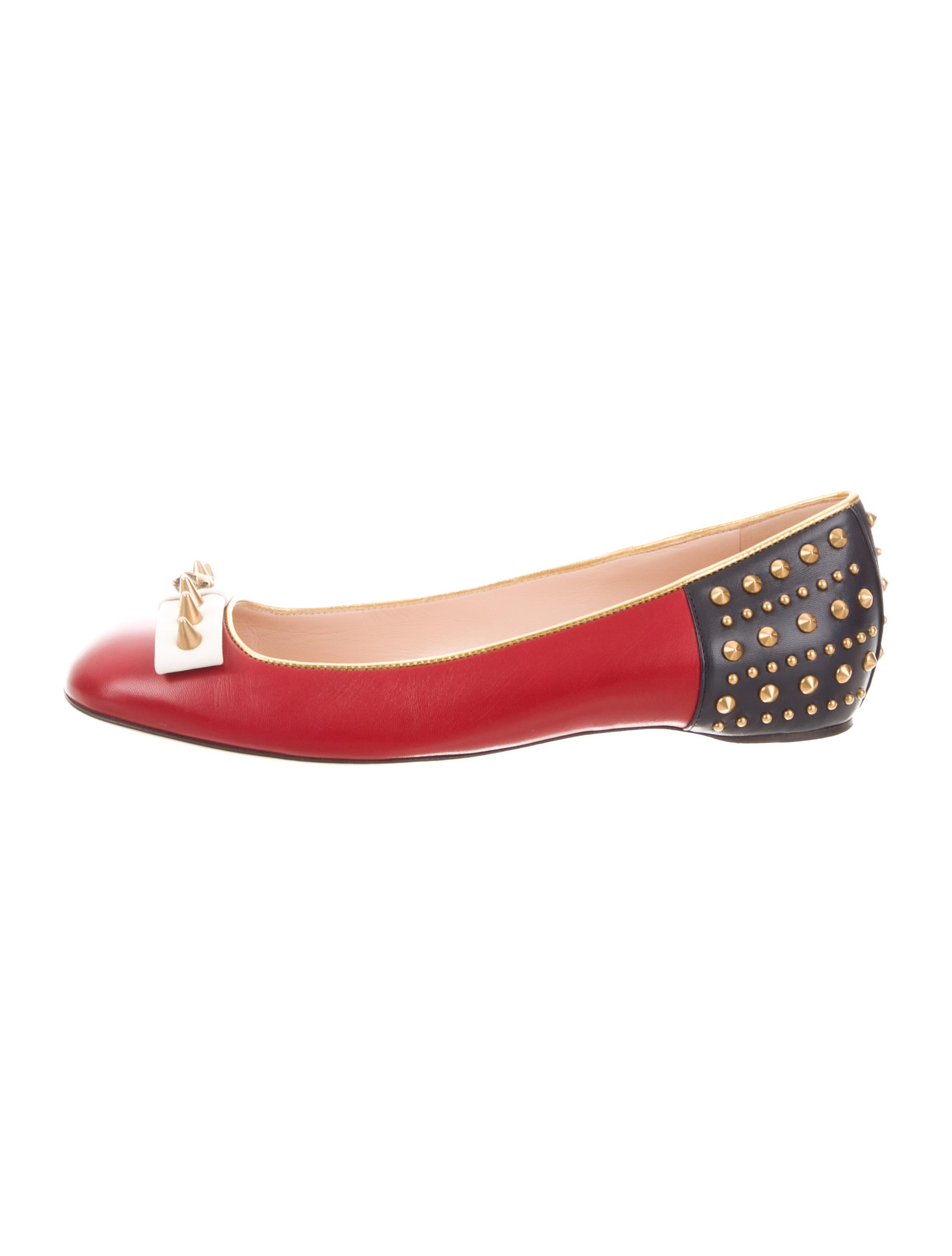 e7942c46d Gucci 2016 Lexi Studded Flats w/ Tags - Shoes - GUC235347   The RealReal