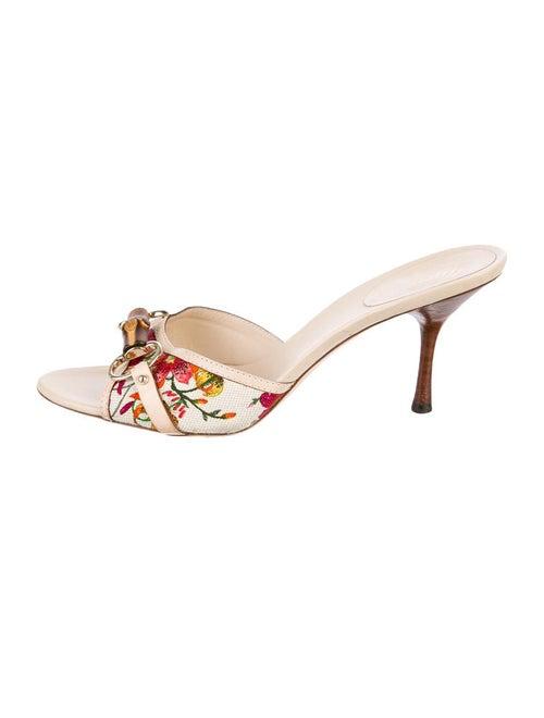67e90d2cf Gucci Flora Sandals - Shoes - GUC23699 | The RealReal