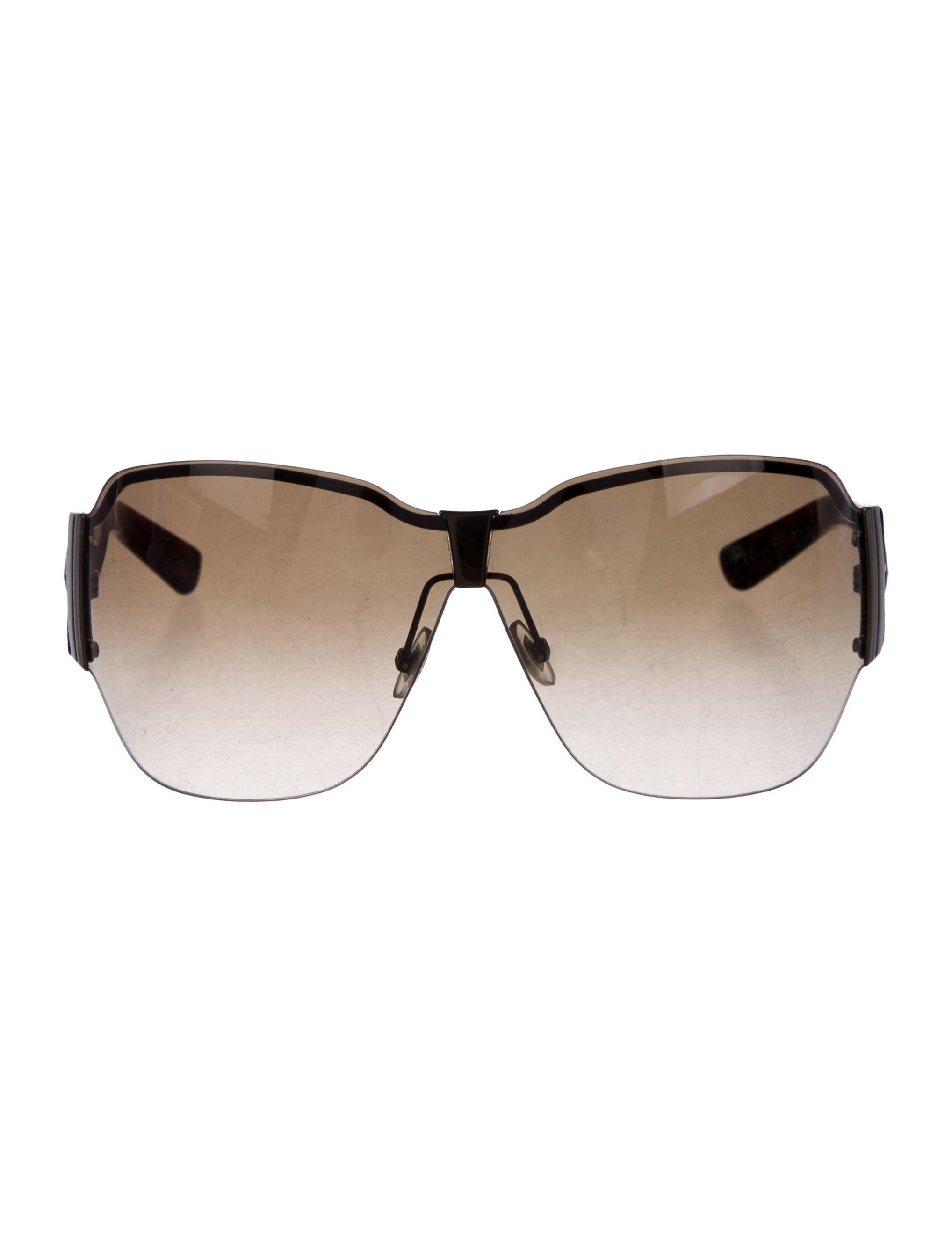 9dbb95cc14626 Women · Accessories  Gucci Tinted Oversize Sunglasses. Tinted Oversize  Sunglasses
