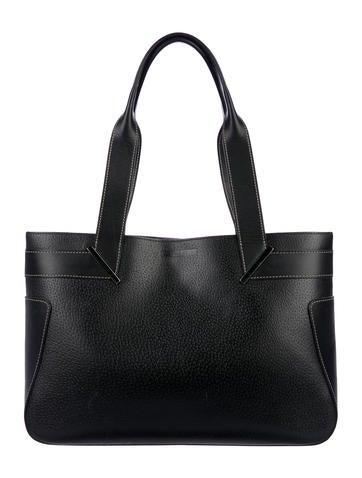 2b24adedffa7 Gucci. Vintage Leather Tote