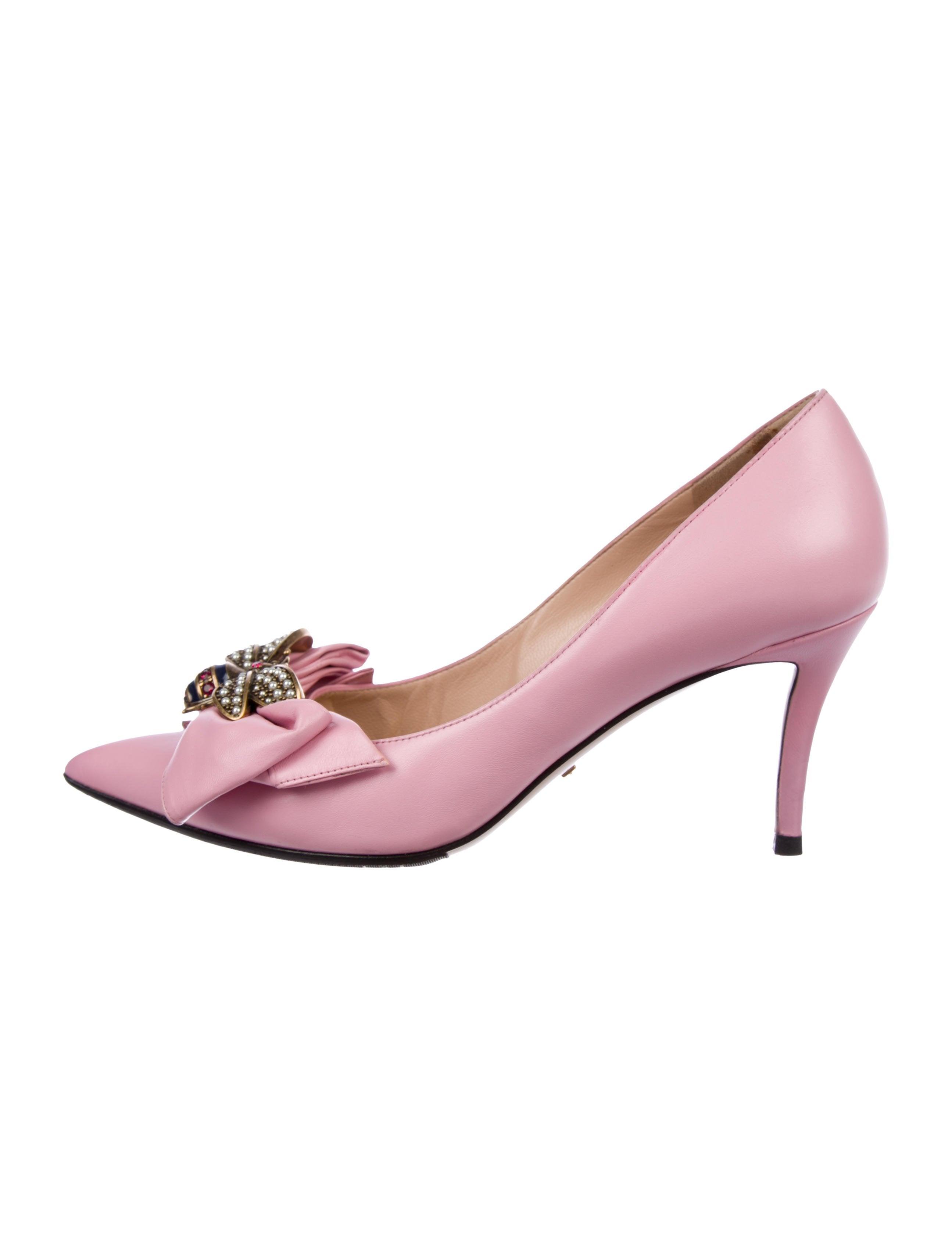 689c3515cd6 Gucci Queen Margaret Leather Pumps - Shoes - GUC250487