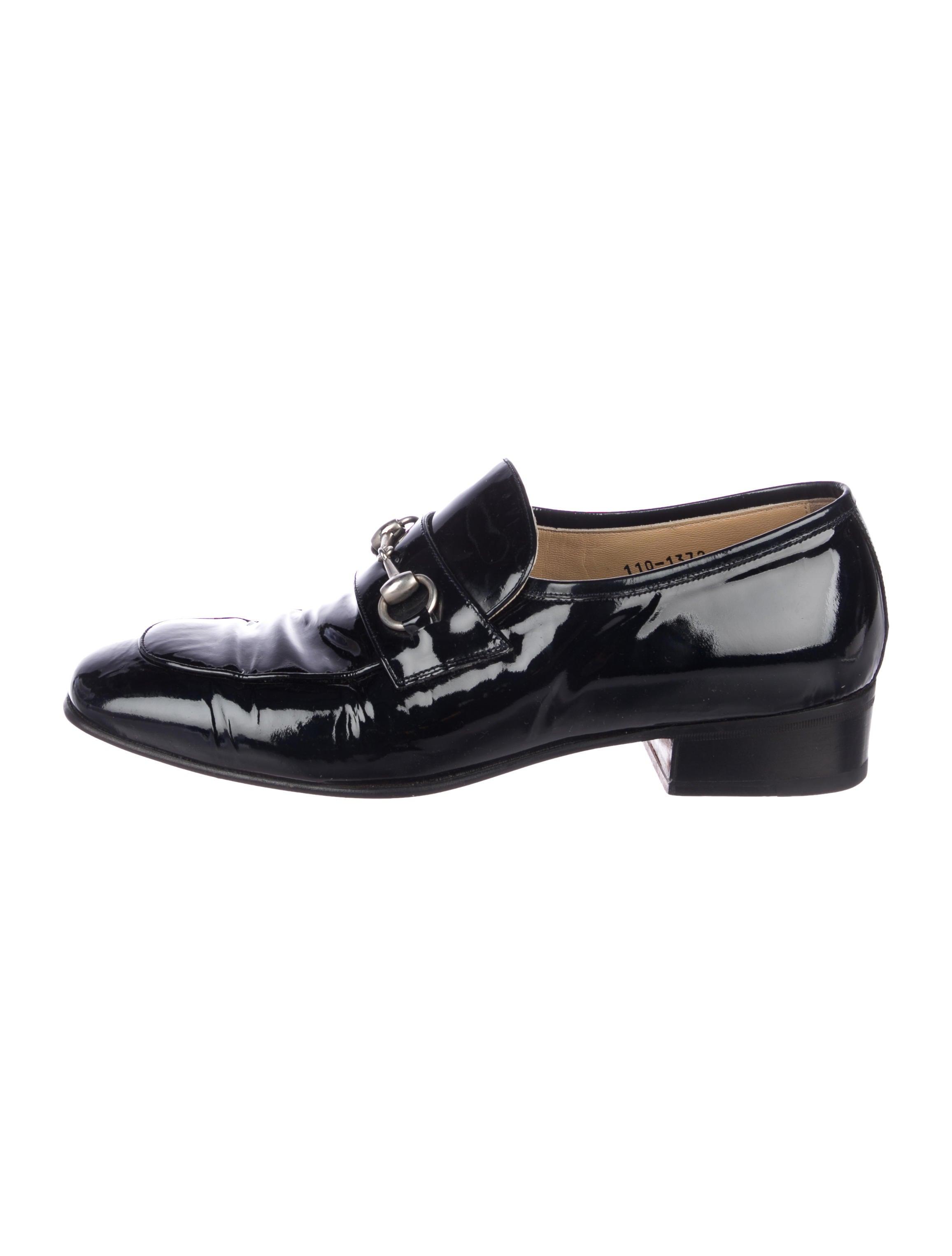 b3f8f71f37e Gucci Horsebit Patent Leather Loafers - Shoes - GUC250632