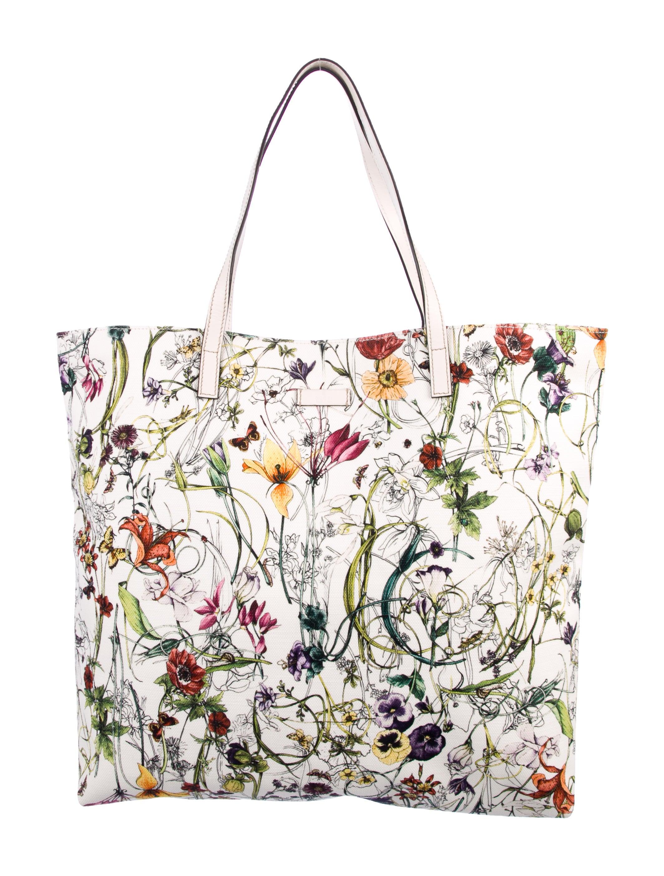 6c8732307592 Gucci Large Flora Tote - Handbags - GUC252167 | The RealReal