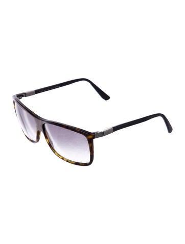 4a364e3abc9 Gucci. Wayfarer Gradient Sunglasses