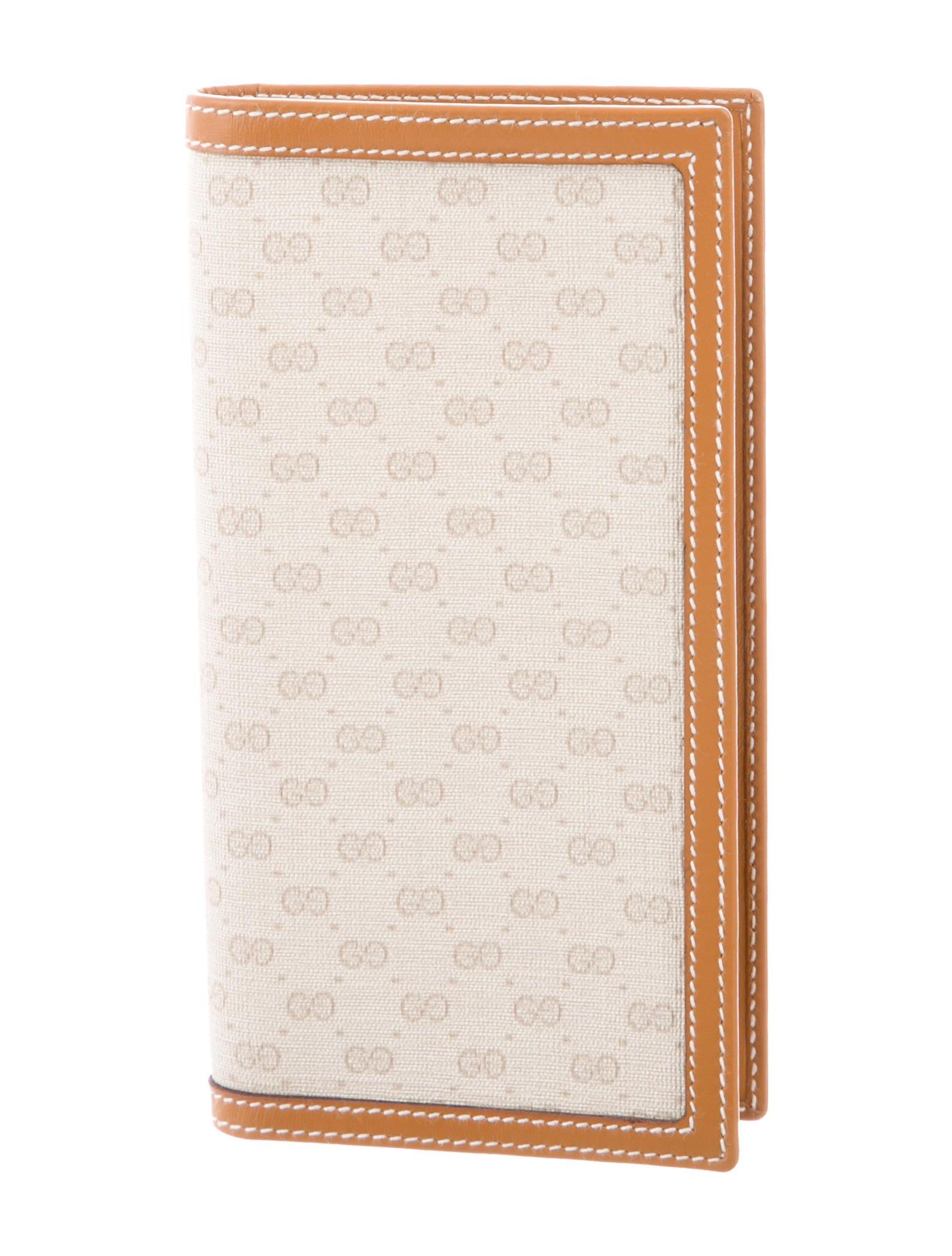 2c1cf7db5f03 Gucci Vintage GG Plus Checkbook Cover - Accessories - GUC260599 ...