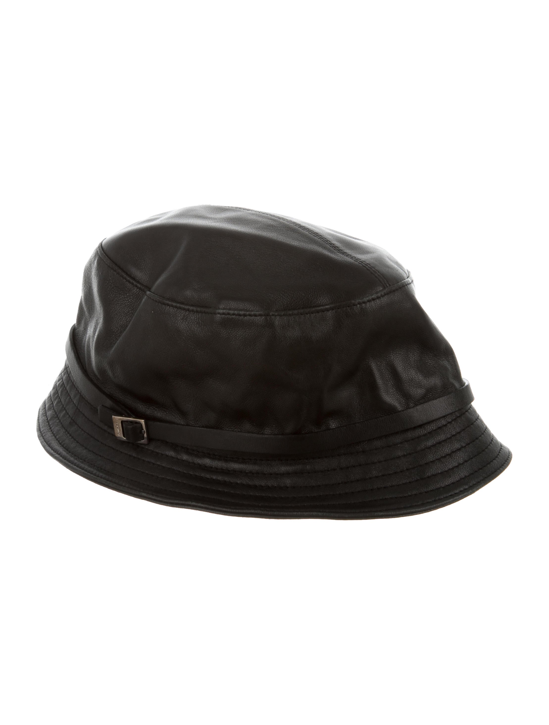 b92256d1c2e7 Gucci Leather Bucket Hat w  Tags - Accessories - GUC264892