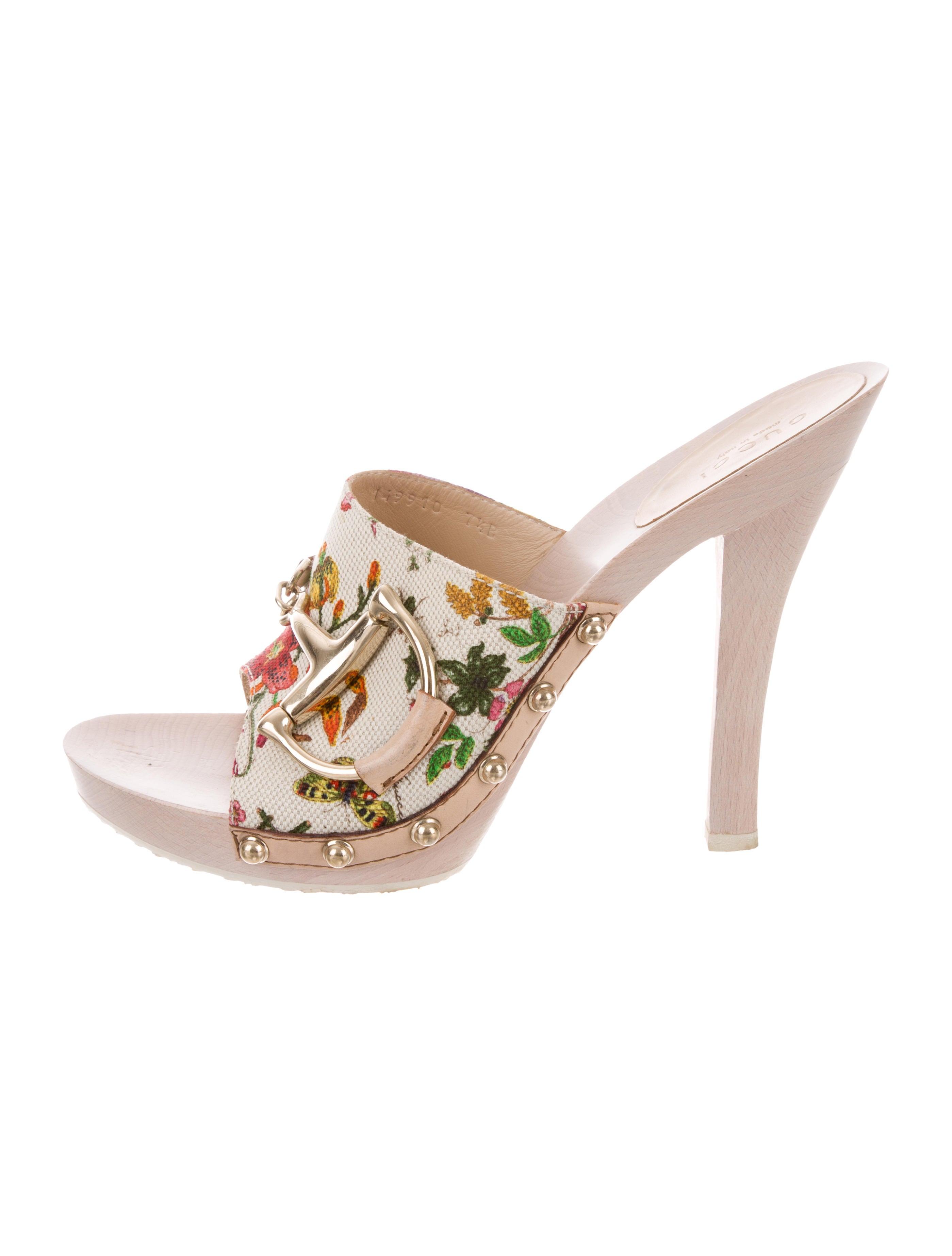 ac89f8799a6 Gucci Flora Horsebit Sandals - Shoes - GUC267027