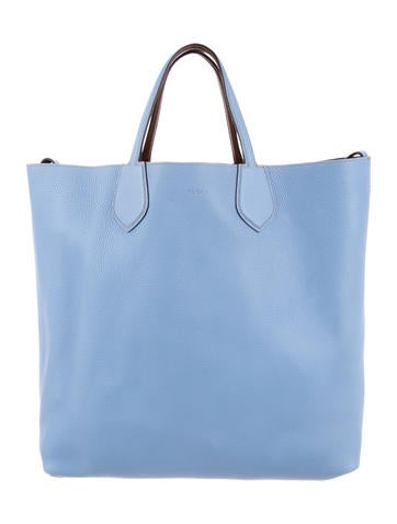 ce98d83b701 Gucci Totes   The RealReal