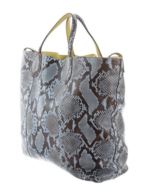 5690f31d695 Gucci Python Ramble Reversible Tote - Handbags - GUC284280
