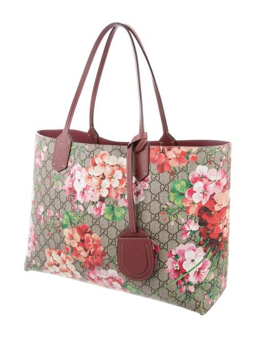 642b77cdde7 Gucci Small Reversible GG Blooms Tote - Handbags - GUC297227