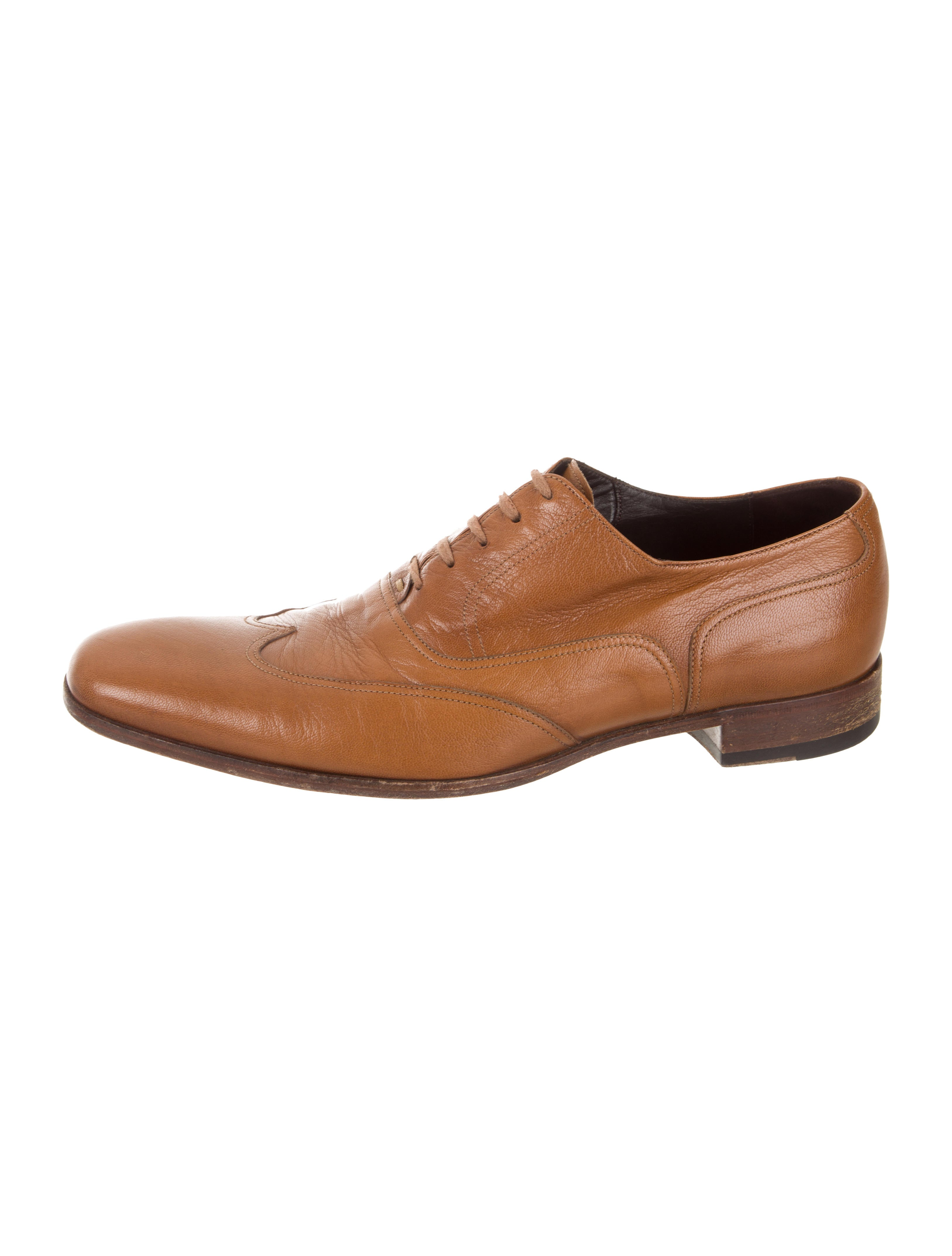Gucci Pointed Toe Wingtip Oxfords Shoes Guc299581 The Realreal