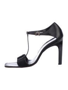 bc199399cd7 Gucci Sandals