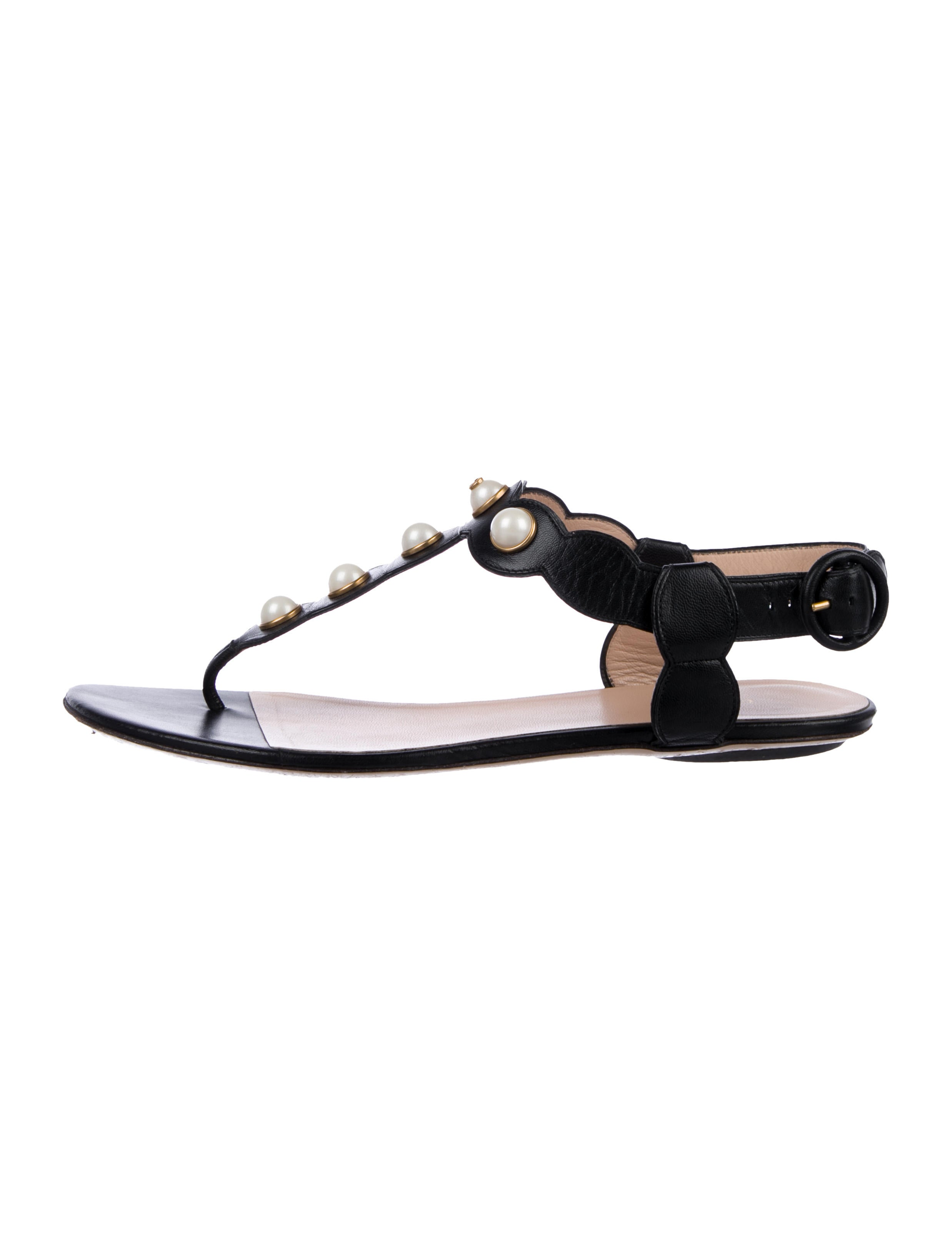 aeefe5bfa Gucci Leather Thong Sandals - Shoes - GUC303283