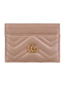 0c467ceae13 Gucci. GG Marmont Card Case