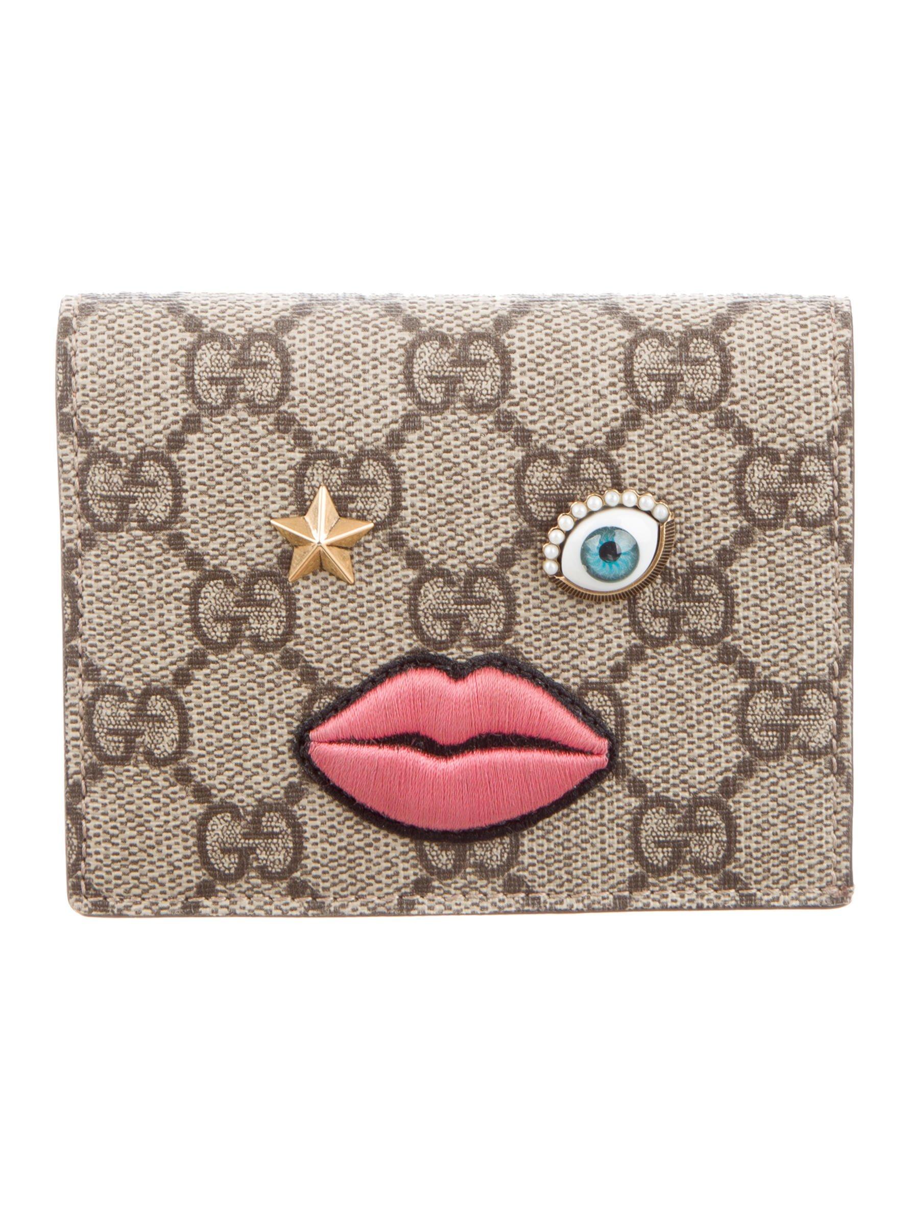 23fe4c2b6a8 Gucci wallets the realreal jpg 220x290 Gucci lip purse