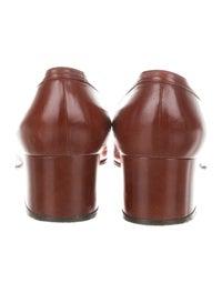 GG Vintage Leather Loafer Pumps image 4