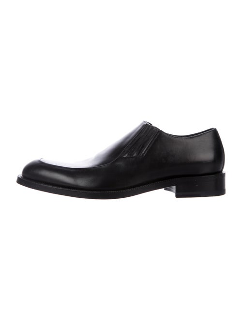 Gucci Leather Dress Loafers black